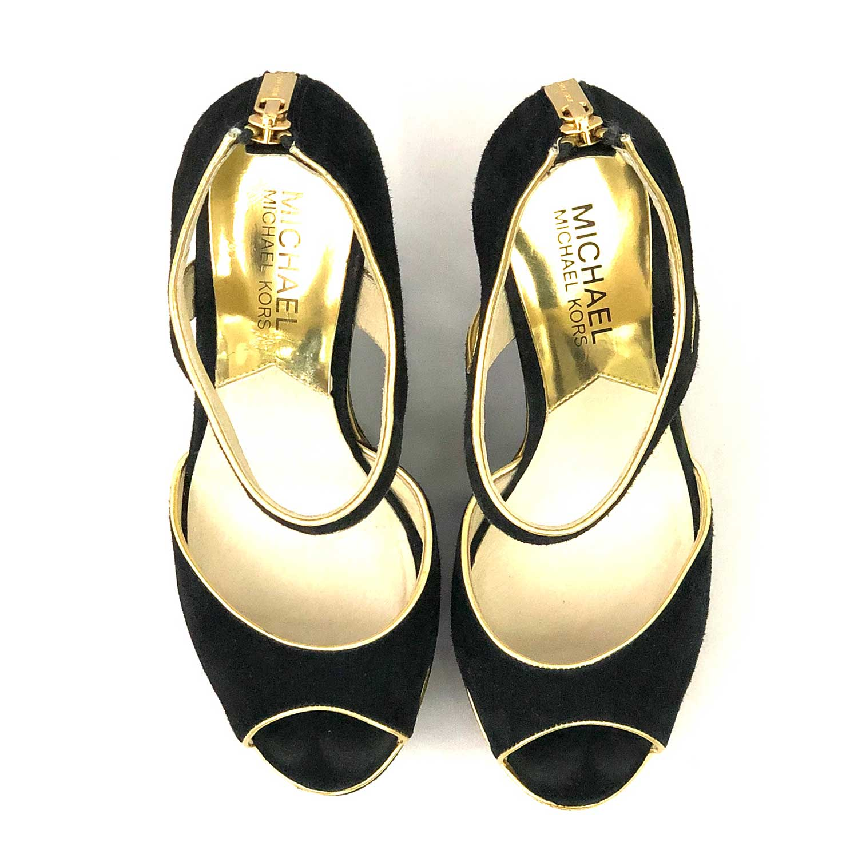 Sandália Michael Kors Anabela Preta e Dourada