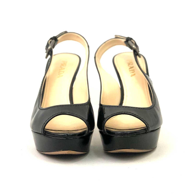 Sapato Peeptoe Prada Verniz Preta