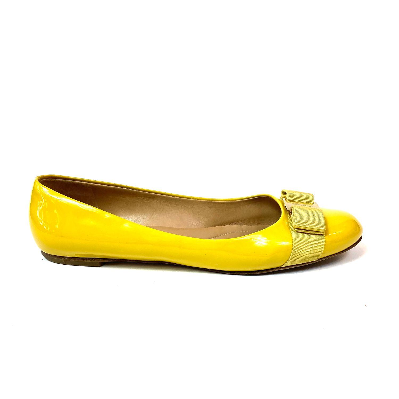 Sapatilha Ferragamo Verniz Amarela