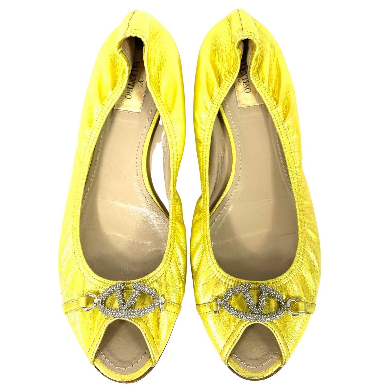 Sapatilha Valentino Dourado