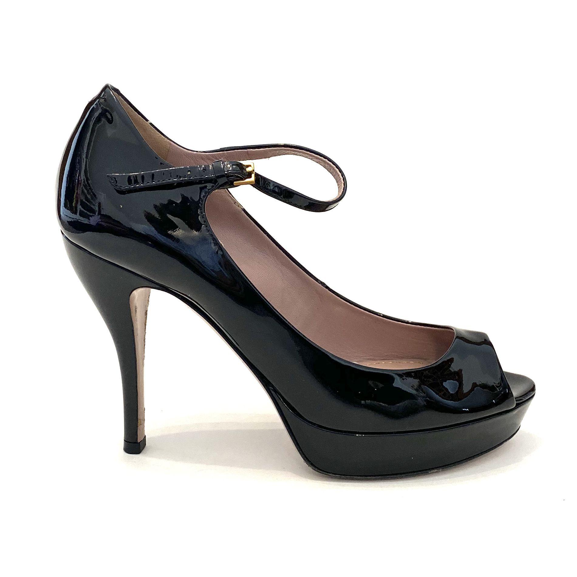 Sapato Gucci Peeptoe Verniz Preto