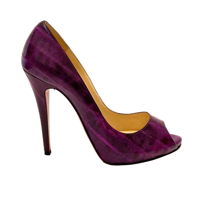 Sapato Louboutin Peeptoe Croco Roxo