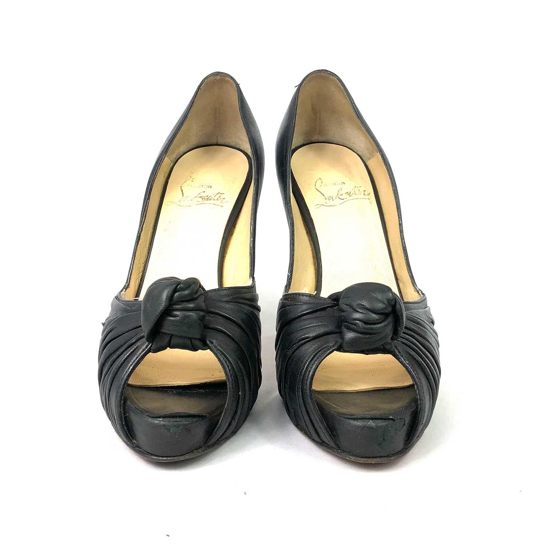 Sapato Louboutin Peeptoe Nó Preto