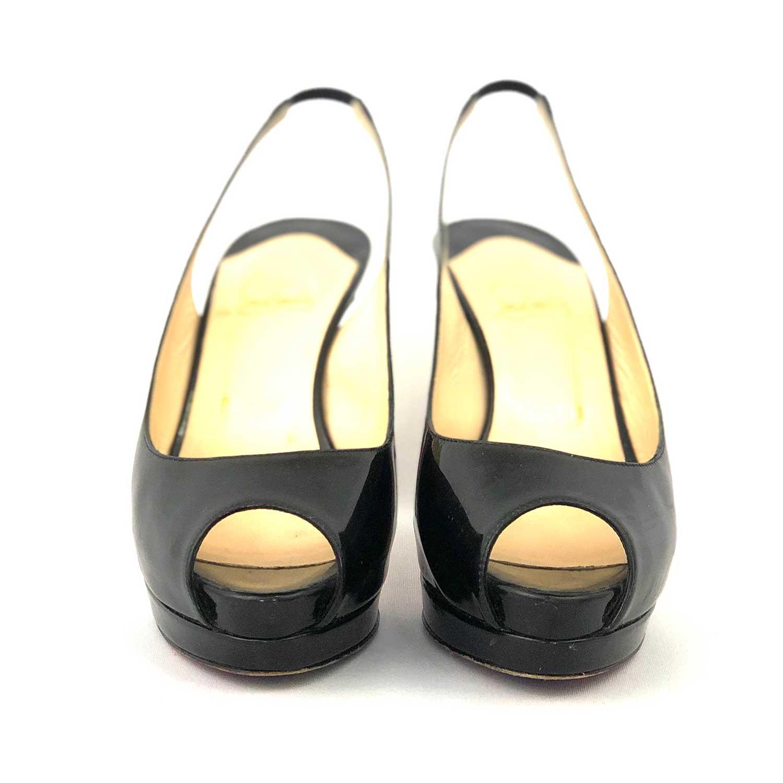 Sapato Louboutin Peeptoe Preto
