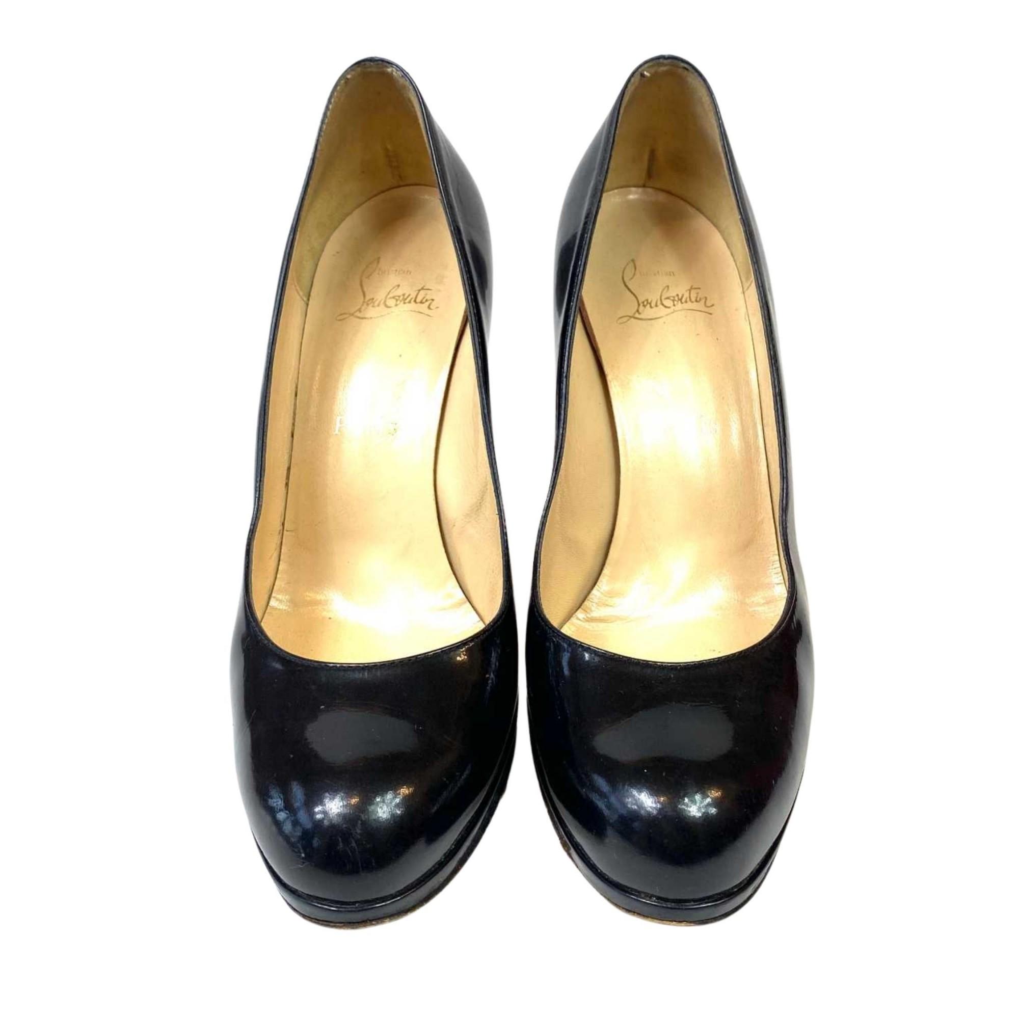 Sapato Louboutin Pump Verniz Preto