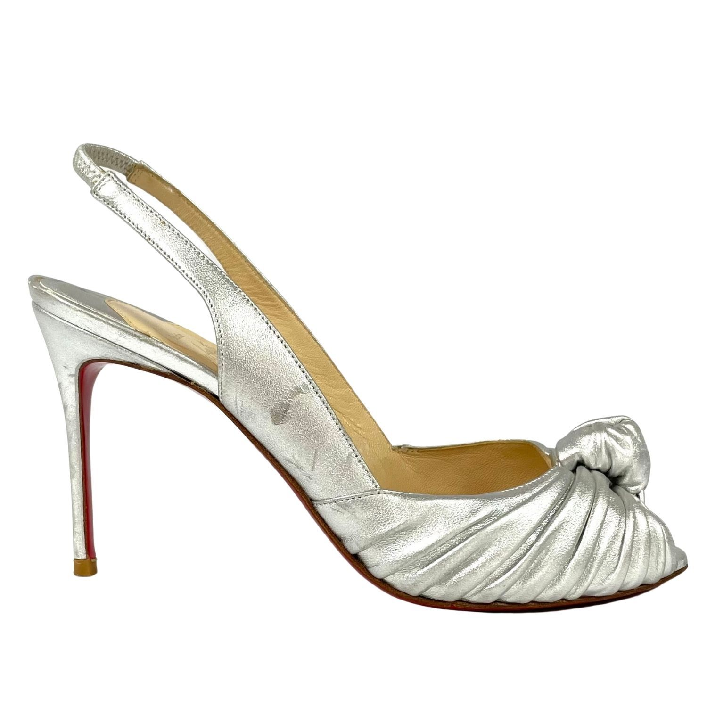 Sapato Peep Toe Louboutin Nó