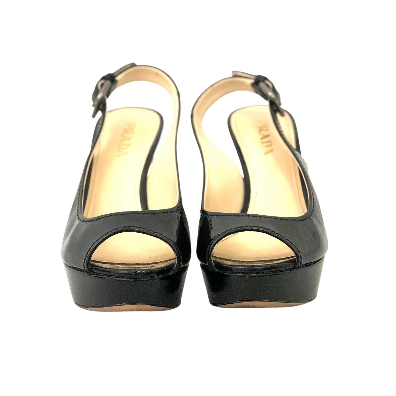 Sapato Peep Toe Prada Verniz Preta