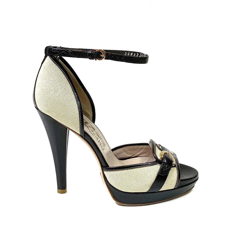 Sapato Peep Toe Salvatore Ferragamo