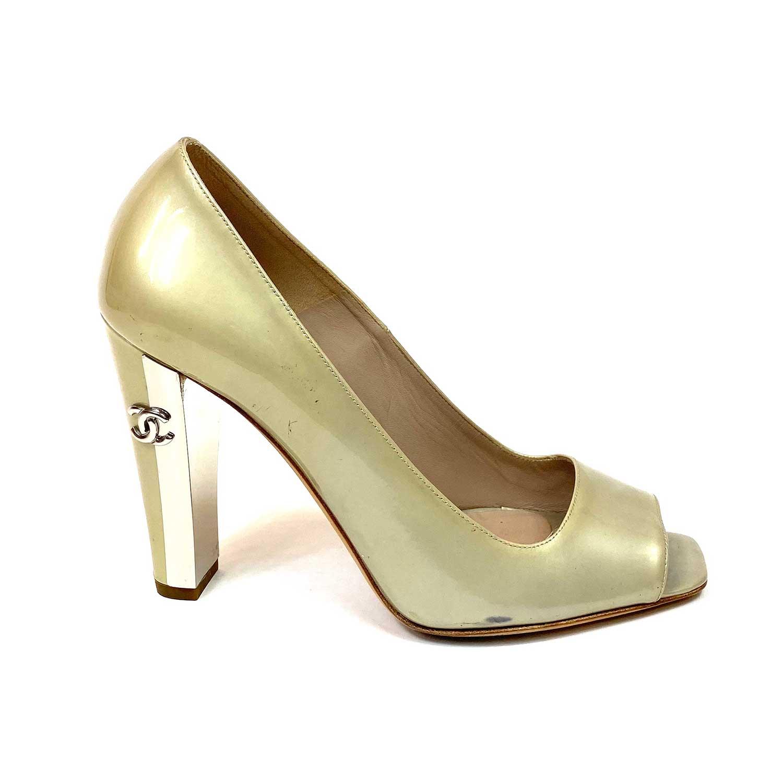 Sapato Peep Toe Chanel Verniz Verde