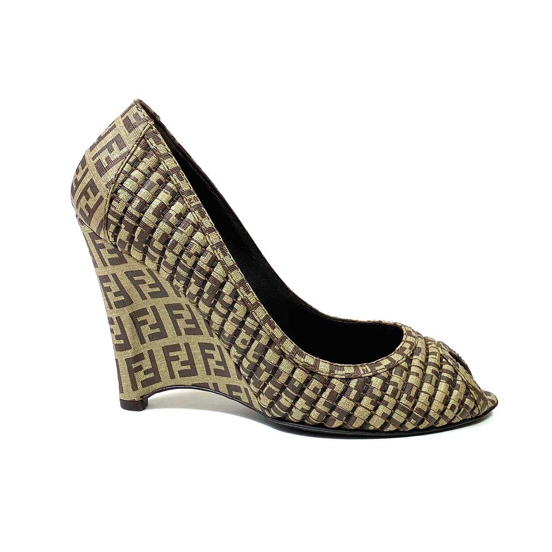 Sapato Peeptoe Fendi Monograma