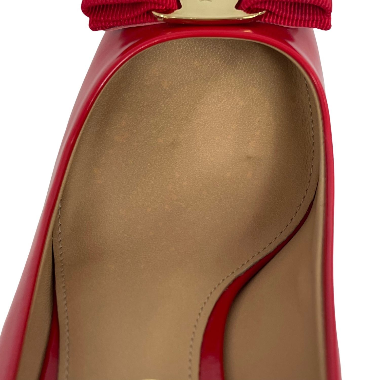 Sapato Salvatore Ferragamo Vara Bow