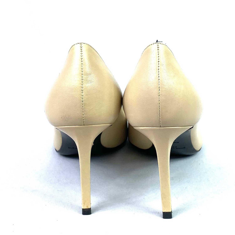 Sapato Scarpin Saint Laurent Beige