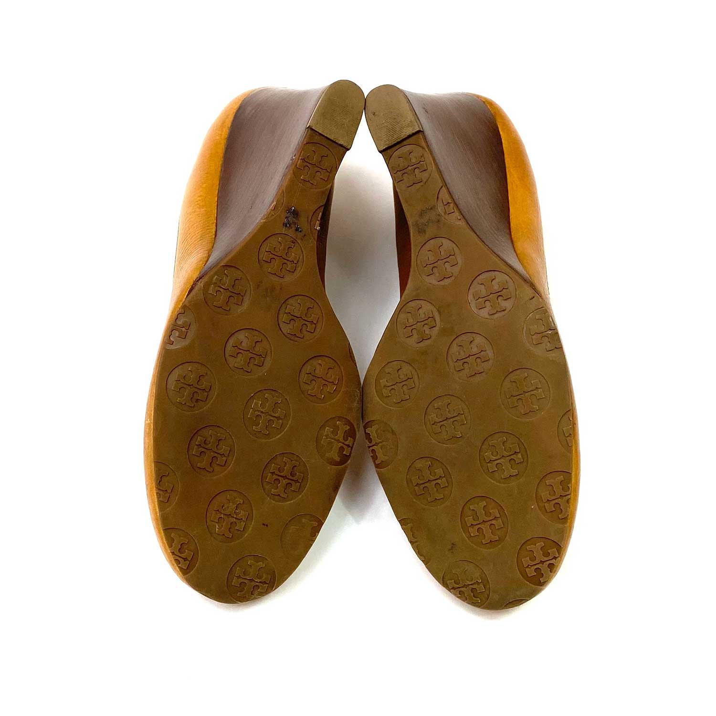 Sapato Tory Burch Anabela Caramelo