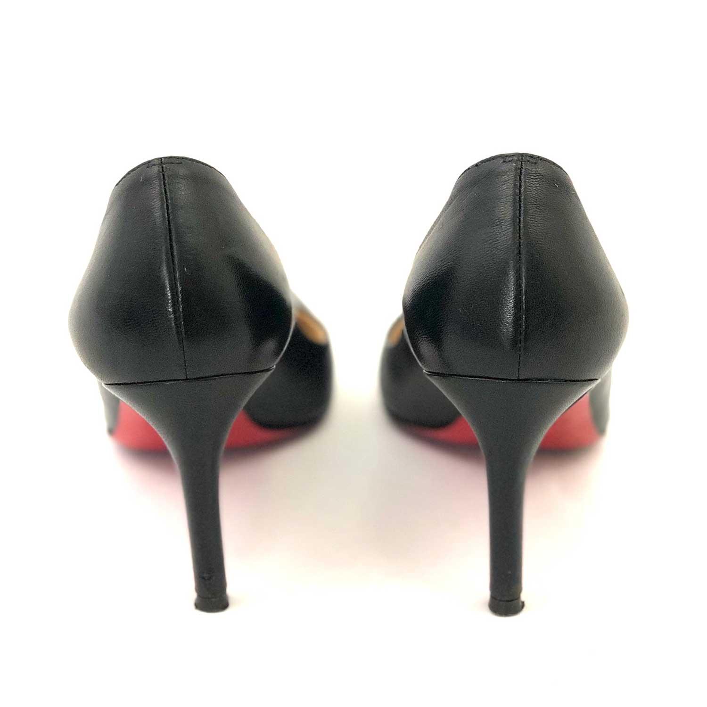 Sapato Louboutin Simple Preto Couro