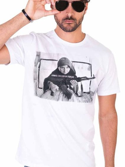 Camiseta Armas equilibram forças - Branco Off White