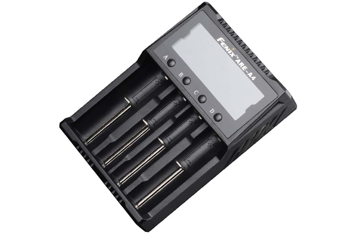 Carregador de Baterias Fenix ARE-A4