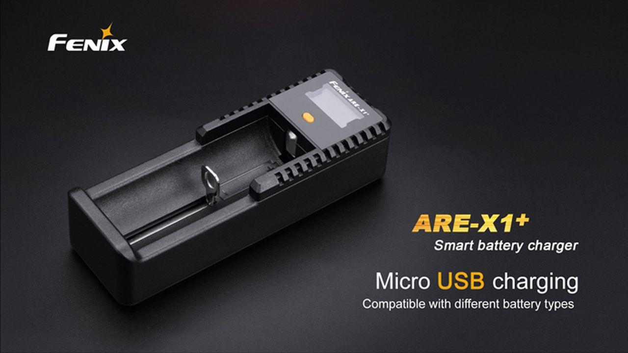 Carregador para Baterias Fenix ARE-X1+