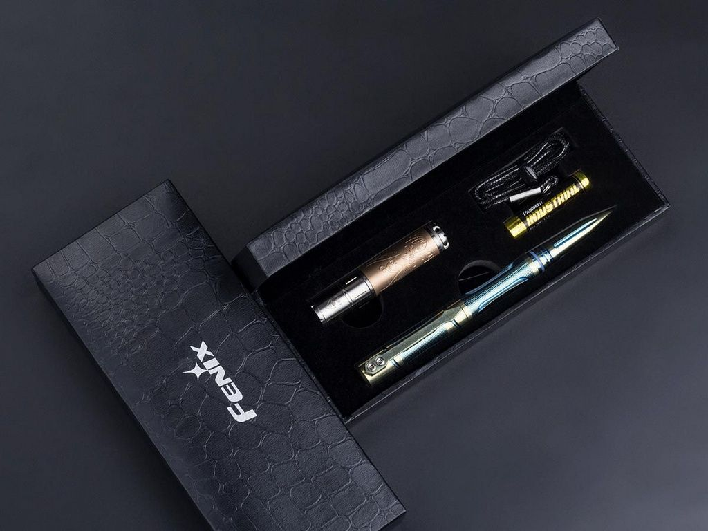 Kit Fenix - Lanterna F15 85 lúmens + Caneta Tática T5TI