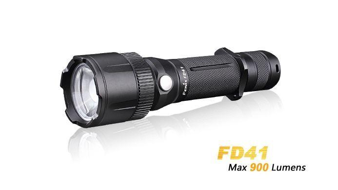 Lanterna Fenix FD41 - Lanterna Que Se Ajusta À Sua Necessidade - 900 Lumens
