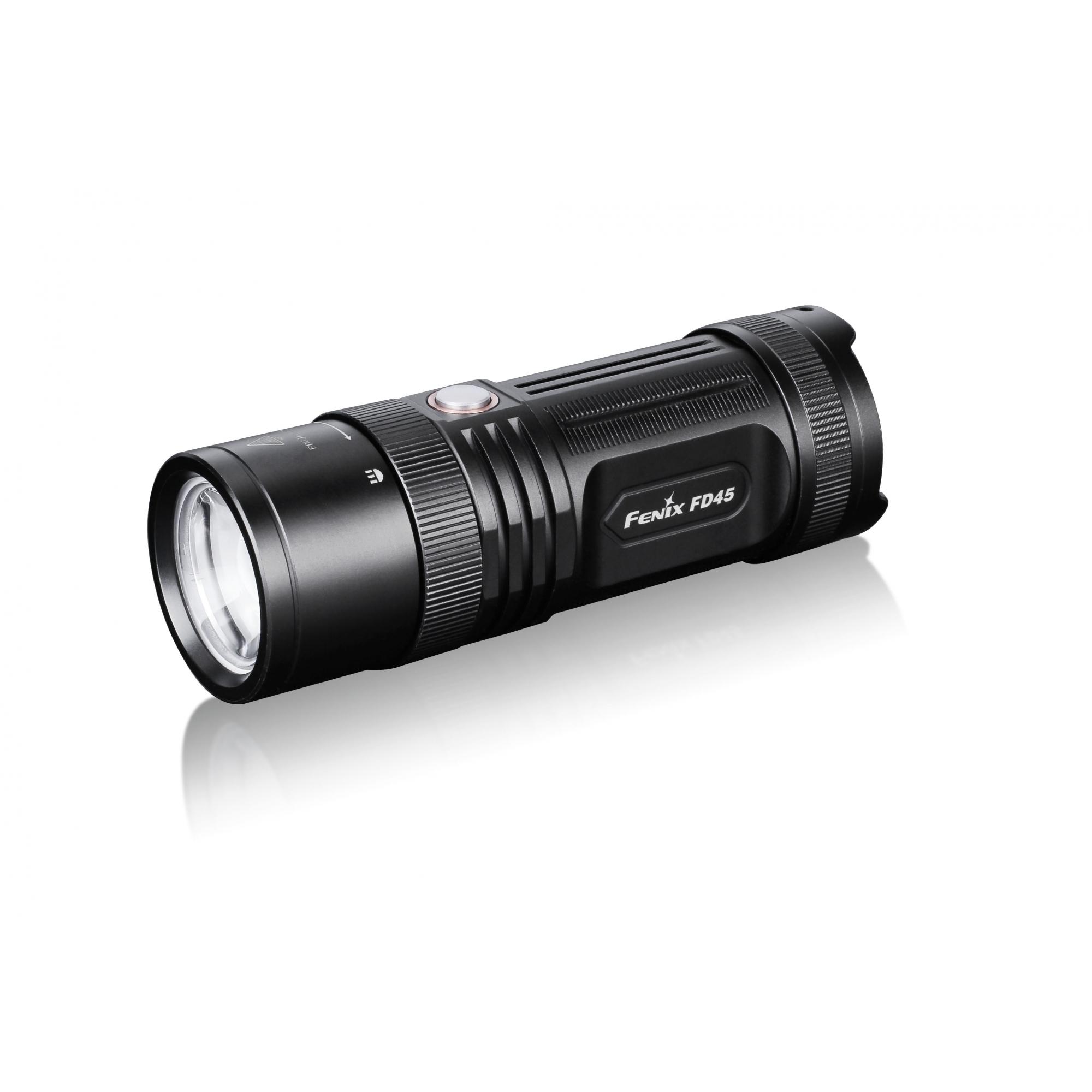 Lanterna Fenix FD45- Foco ajustável - 900 Lumens