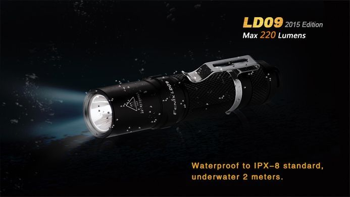 Lanterna Fenix LD09 - Autonomia Maior Que 50h - 220 Lumens