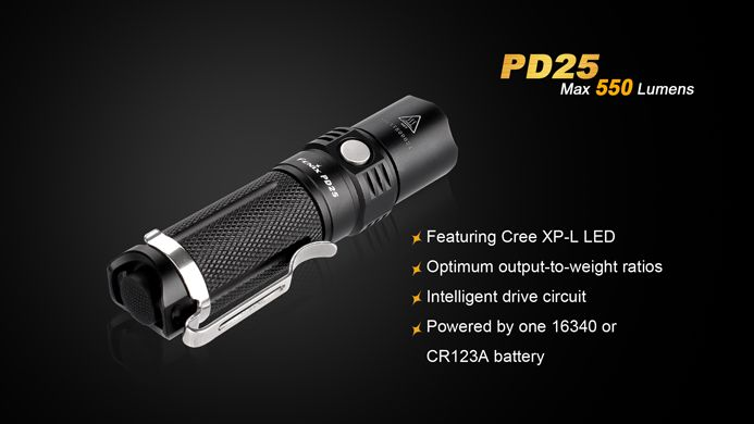 Lanterna Fenix PD25 Preta 550 lumens