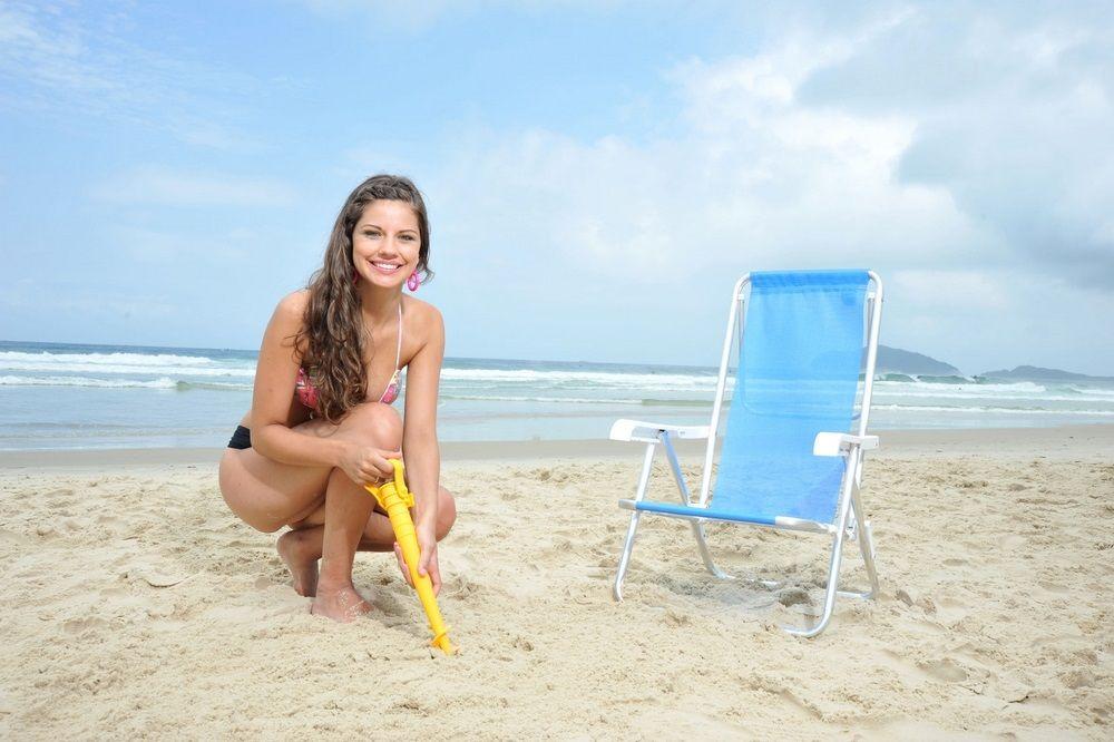 Saca Areia Com Suporte Para Guarda Sol E Vara Mor