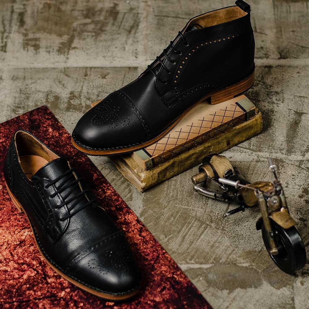 Sapato de Couro Preto