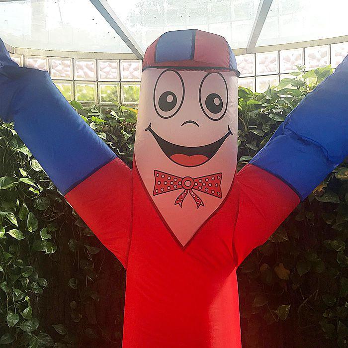 Boneco Biruta com Corpo Vermelho e Braço Azul