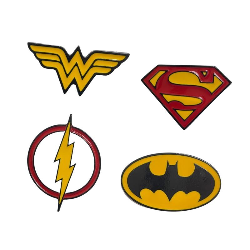 Kit 4 Pins Logos DC Comics