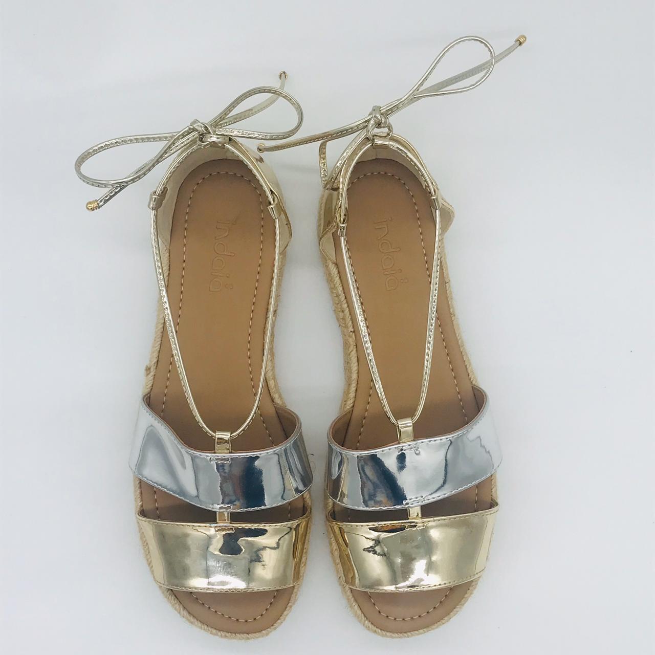 Sandália Flat Indaia Spechio Prata/Dourado