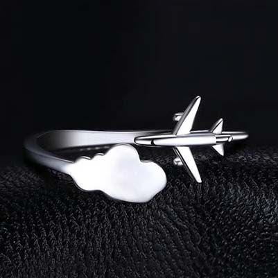 Anel Nuvens de Avião