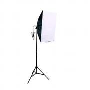 Iluminação para Foto e Vídeo com Softbox 50x70cm e Tripés 2m