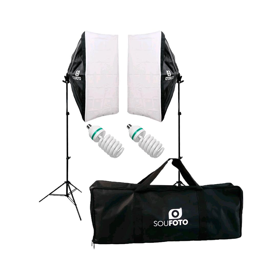 Kit Iluminação Completo com Softbox Duplo 50x70cm, Tripés de 2m, Lâmpadas 110V 155W e Bolsa BKI-76 Sou Foto  - Fotolux