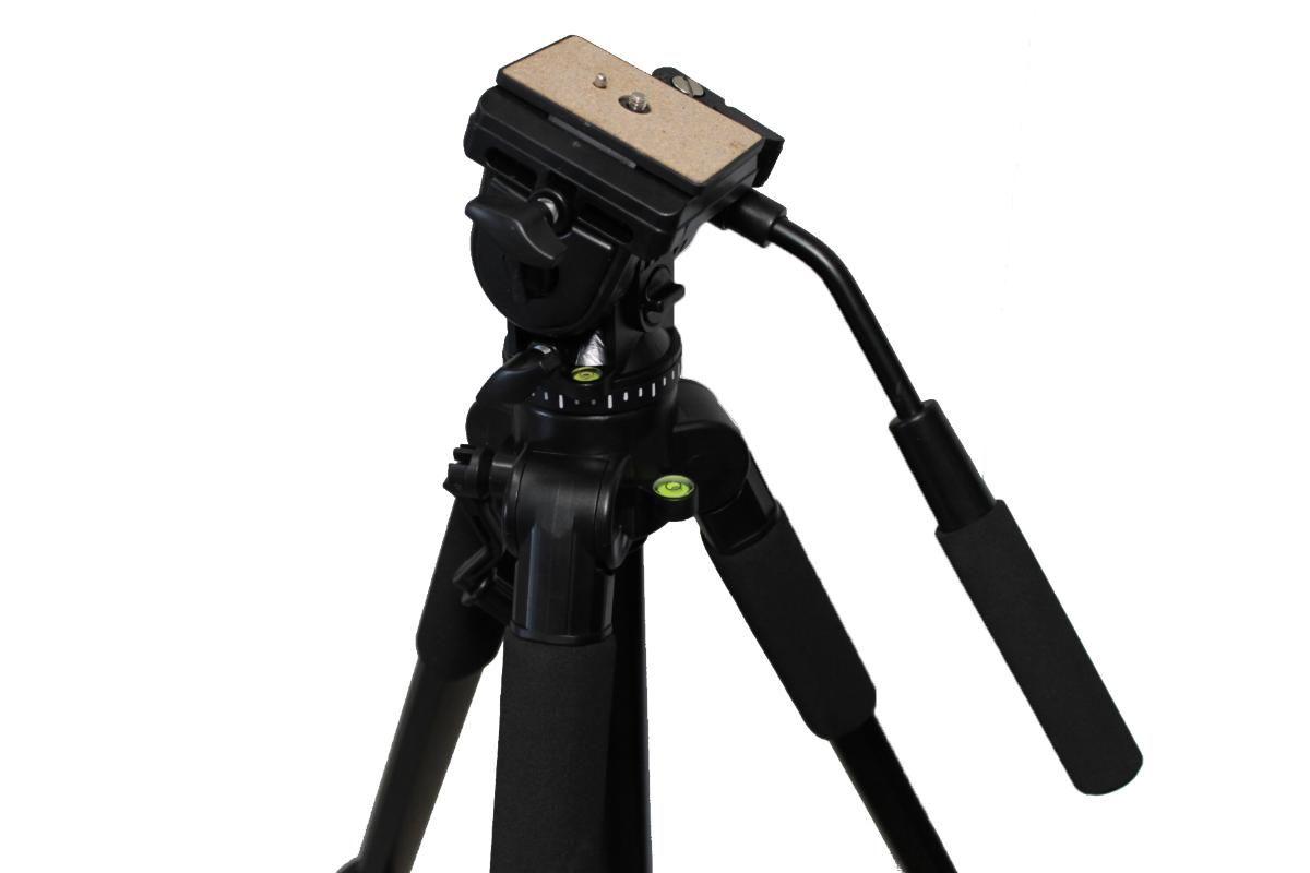 Tripé de Câmera com Cabeça Hidraúlica 170cm Digipod TR688V