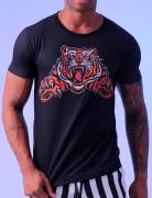 Camiseta preta com estampa de tigre