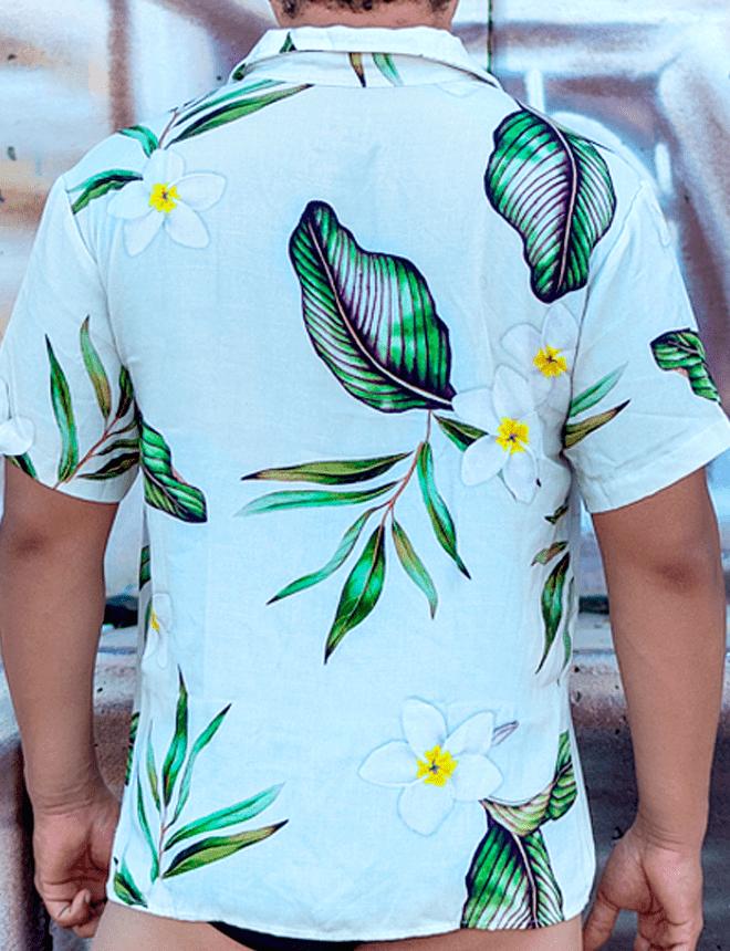 Camisa de botão com estampa de jasmim