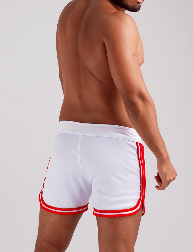 Short curto branco com vermelho