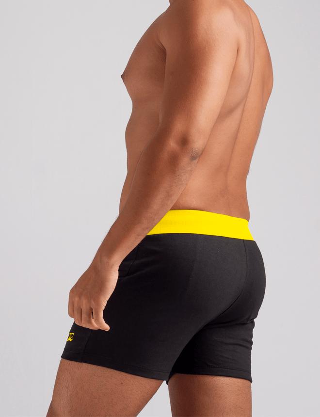 Short de moletom preto com amarelo