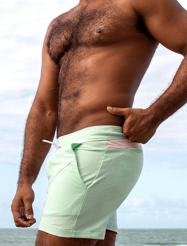 Short de moletom verde com rosa