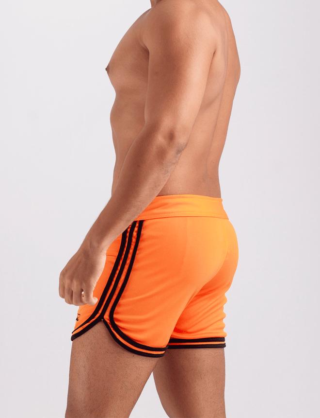 Short laranja com preto