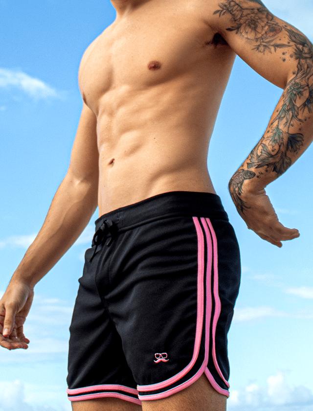 Short preto com 3 viés rosa