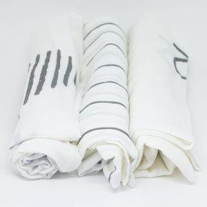 flufi uma camada de algodão: linhas cinza + grafismo cinza + mêsversário. Kit com 3 unidades