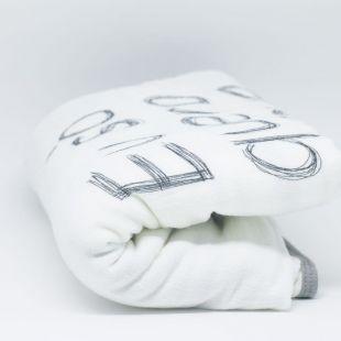 flufi quatro camadas de algodão frase o leve da vida - 14 opções de cores - com verso em linhas cinza