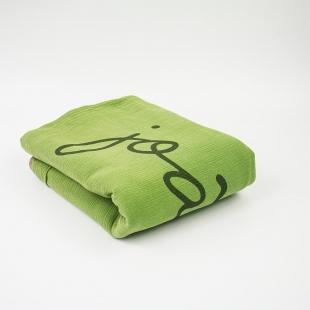 flufi quatro camadas de algodão em cor verde cactus borda areia em estampa nome da criança