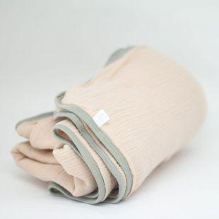 flufi quatro camadas de algodão em cor bege rosado borda cinza