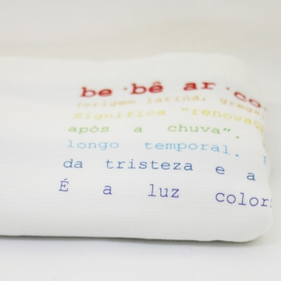 flufi quatro camadas de algodão em estampa significado arco - íris - com verso em linhas cinza