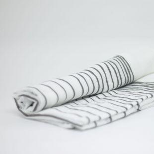 flufi uma camada de algodão linhas cinza
