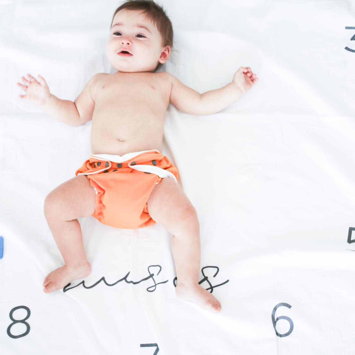 flufi quatro camadas de algodão mesversário com nome do bebê - 12 opções de cores