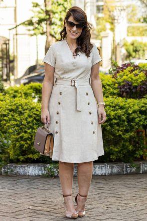 Vestido Plus Size Lady Like Linho Babado Abotoamentos Frontais Kauly Moda Evangélica 2596